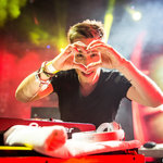 """Nicky Romero Surprises with Fresh Remix of The Chainsmokers' """"Young"""" [LISTEN]"""