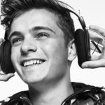 Martin Garrix returns to Armani Exchange for Fall Winter 18 Campaign